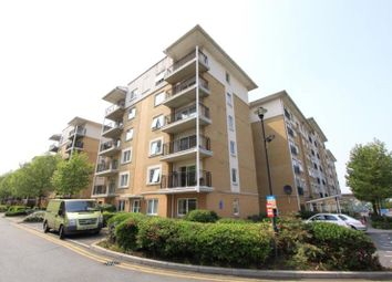 Thumbnail 2 bedroom flat for sale in Newport Avenue, Canary Wharf, London