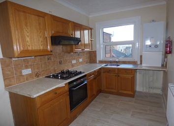 Thumbnail 2 bedroom flat to rent in Union Street, Ryde