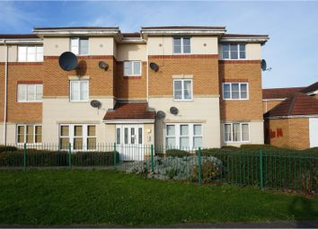 Thumbnail 2 bedroom flat for sale in Keepers Close, Sheffield