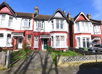 Thumbnail 5 bed terraced house for sale in Braxted Park, London