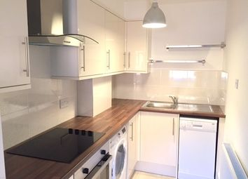 3 bed maisonette to rent in Prince Of Wales Close, Hendon, London NW4