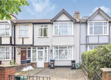 Thumbnail 4 bed property to rent in Colwood Gardens, Colliers Wood, London