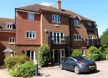 Thumbnail 2 bed flat to rent in Copthorne Common Road, Copthorne, Crawley