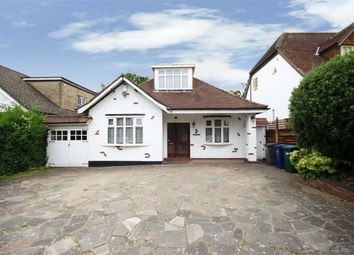 Thumbnail 2 bed detached house for sale in Barnet Gate Lane, Arkley, Hertfordshire