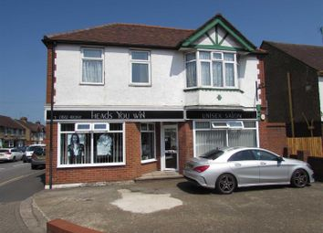 Thumbnail 1 bed flat for sale in Wordsworth House, 884 Dunstable Road, Luton