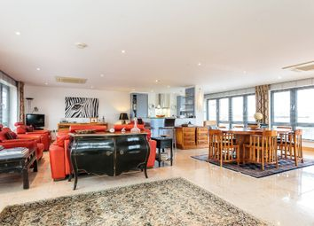 Thumbnail 3 bedroom flat for sale in St. Thomas Street, Oxford