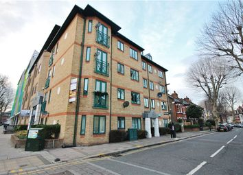 Thumbnail 2 bed flat for sale in Silver Crescent, Chiswick, London