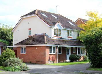 5 bed detached house for sale in Arnold Way, Thame OX9