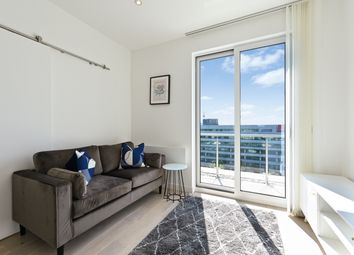 Thumbnail 1 bed flat to rent in The Solarium, Apt Parkview, Brentford