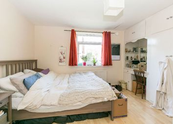 Thumbnail 2 bed flat to rent in Crouch Hall Road, London
