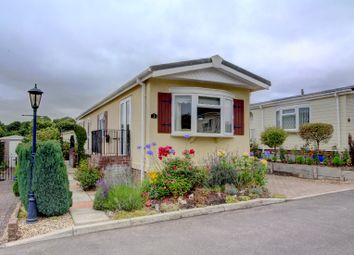 Thumbnail 2 bed bungalow for sale in Russet Way, Chieveley, Newbury