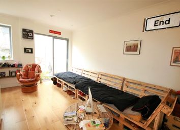 Thumbnail 1 bed flat to rent in Canius House, 1 Scarbrook Road, East Croydon, Surrey