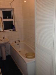Thumbnail 1 bedroom flat to rent in Courtney Lodge, Barkingside