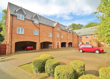 2 bed flat to rent in Fowke Street, Rothley, Leicester LE7