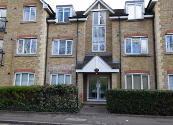 Thumbnail 2 bedroom flat for sale in Hollyfield Road, Surbiton, Surrey