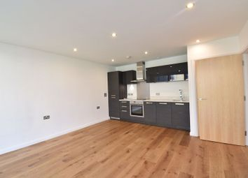 1 bed flat to rent in Downham Wharf, Hertford Road N1