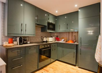 Thumbnail 2 bed flat to rent in Bootham Row, York