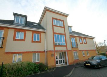 Thumbnail 2 bedroom flat for sale in Whitecliff, Poole, Dorset