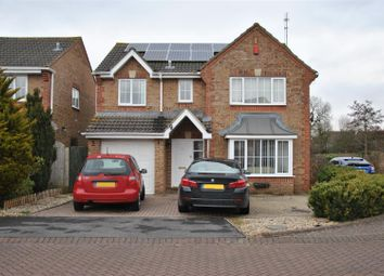 Thumbnail 4 bed detached house to rent in Greenwich Close, Swindon