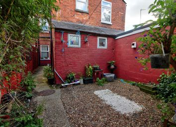 Thumbnail 1 bed flat for sale in Valentia Road, Reading