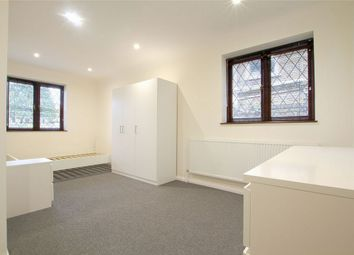 Thumbnail 1 bed flat to rent in Ferrers Avenue, West Drayton, Greater London