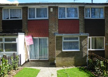 3 bed terraced house to rent in Guildford Gardens, Rochester ME2