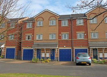 Thumbnail 3 bed town house for sale in Queens Road, Southport