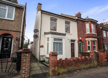 Thumbnail 2 bedroom maisonette for sale in Great Northern Road, Dunstable, Bedfordshire
