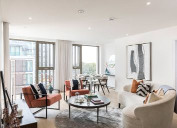 Carlton House, Putney, London SW15. 2 bed flat for sale