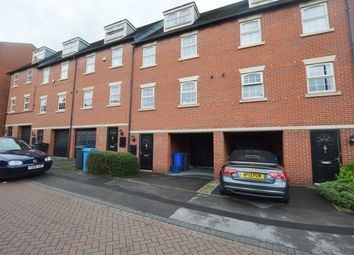 Thumbnail 3 bed town house to rent in Midhill Crescent, Heeley, Sheffield