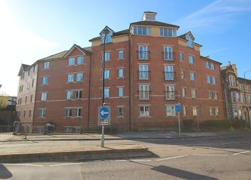 Thumbnail 2 bed flat for sale in Taffs Mead Embankment, Cardiff