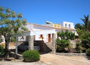 Thumbnail 5 bed villa for sale in Portugal, Algarve, Olhão