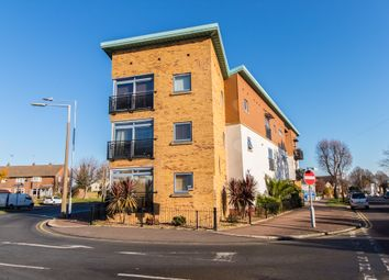 Thumbnail 2 bed flat for sale in Eastwood Road North, Leigh-On-Sea