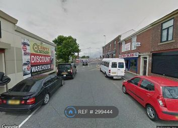 Thumbnail 2 bed flat to rent in Higher Barn St, Blackburn