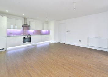 Thumbnail 1 bed flat to rent in 12 Pearl House, 60 Millennium Place, Bethnal Green, London