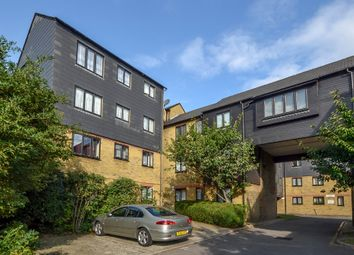 Thumbnail 3 bed flat for sale in Greenford Avenue, London