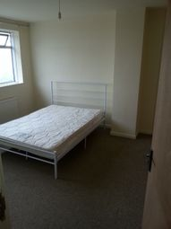 Thumbnail Room to rent in Lancaster Way, Yaxley, Peterborough