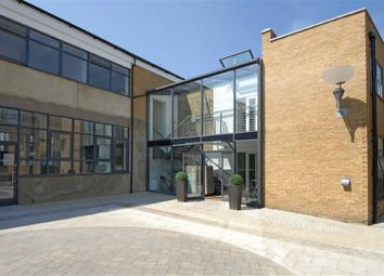 Thumbnail 2 bed flat to rent in Villiers Road, Willesden, London