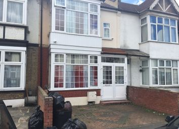 Thumbnail 1 bedroom flat to rent in Jersey Road, Ilford
