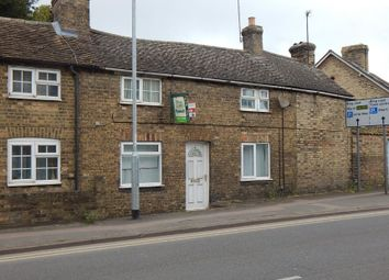 Thumbnail 2 bed flat for sale in Flat 2, 2 Cromwell Walk, Huntingdon, Cambridgeshire