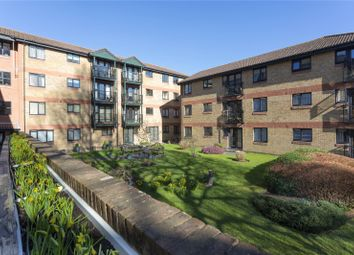 Tongdean Lane, Withdean, Brighton, East Sussex BN1. 2 bed flat for sale
