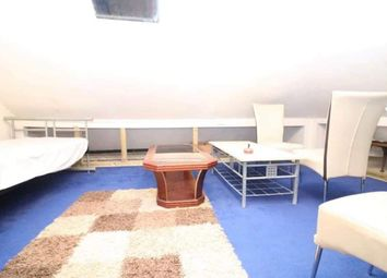 Thumbnail 4 bed flat to rent in Biscot Road, Luton