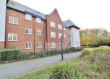 Thumbnail Flat for sale in Trenchard Close, Waterlooville