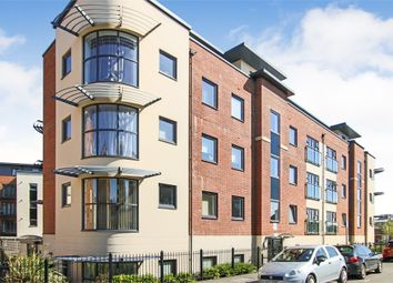 Thumbnail 2 bed flat for sale in Kiln House, Fosters Place, East Grinstead, West Sussex