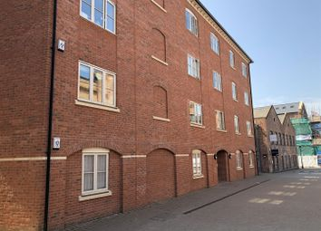 Thumbnail 2 bedroom flat to rent in Princes Drive, Diglis, Worcester