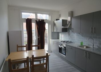 4 bed terraced house to rent in Gassiot Road, London SW17