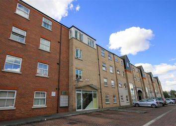 Thumbnail 2 bed flat for sale in Riverside Lawns, Peel Street, Lincoln