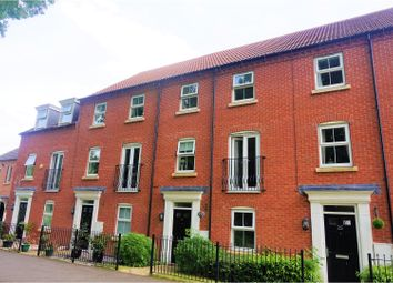 Thumbnail 4 bed town house for sale in Arran Close, Sleaford