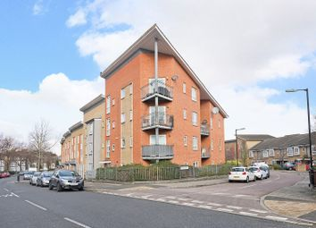 Thumbnail 2 bed flat for sale in 33 Linden Grove, London