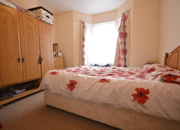 Thumbnail 2 bed property to rent in Ling Road, Canning Town, London